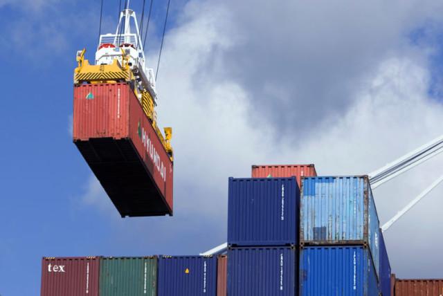 GRI, contenedores, aumento tarifas mayo 2016, liner, Asia a Europa, Noticias Marítimas Colombia