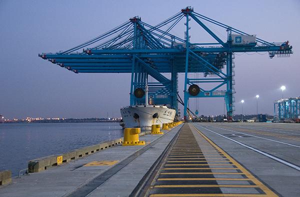 APM terminals, Maersk, TCBUEN, CCTO, COMPAS, Muelles el bosque, crisis, corrupción, desaceleración, inversión, precios materias primas, Noticias marítimas Colombia