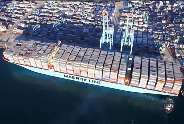 Alphaliner, singapur, maersk, Triple-e, Maersk Triple-e, crisis, sobrecapacidad, contenedores, buques, análisis, noticias marítimas Colombia