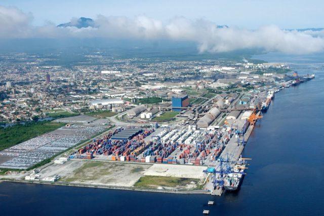 CMG, China, Brasil, inversión, puertos, logística, contenedores, Advent internatinoal corp., DP World, TCP, Paranagua, información marítima y portuaria