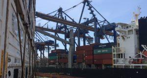 buque, contenedores