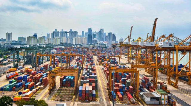 Puertos, shanghai, incremento, volumenes, carga, información portuaria,